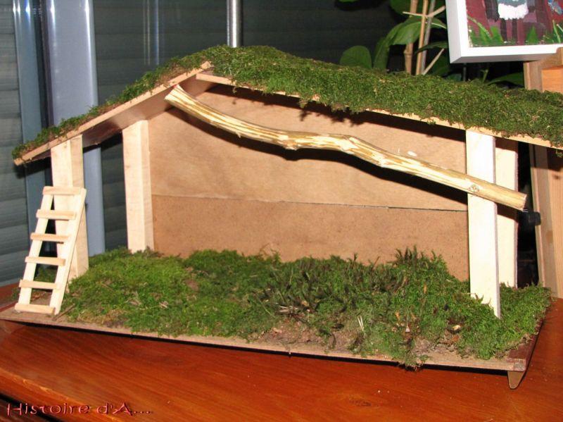 Comment construire une creche de noel en bois maison design - Comment fabriquer une creche de noel ...